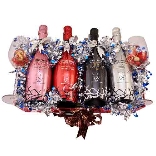 Awe-Inspiring Festive Favorites Gift Basket<br>
