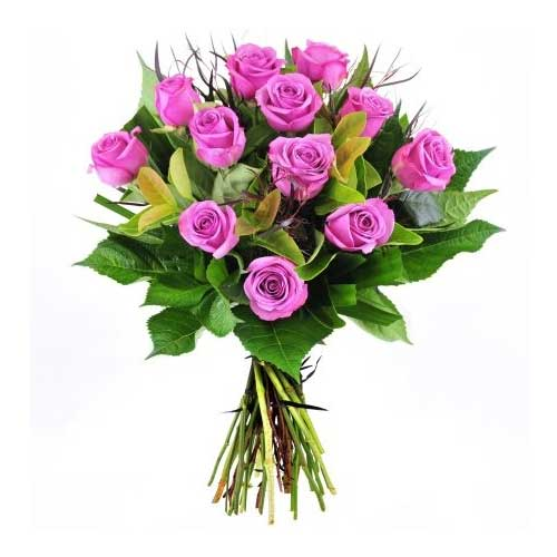 Beautiful Gift of 12 Purple Roses on the Occasion of Valentines Day