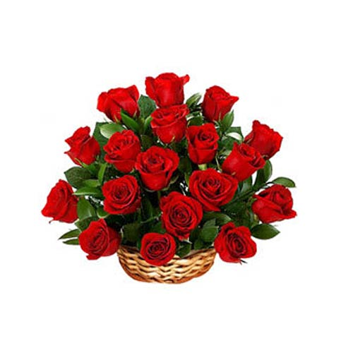 Captivating 18 Red Roses Arrangement for Your Loved Ones on Valentines Day